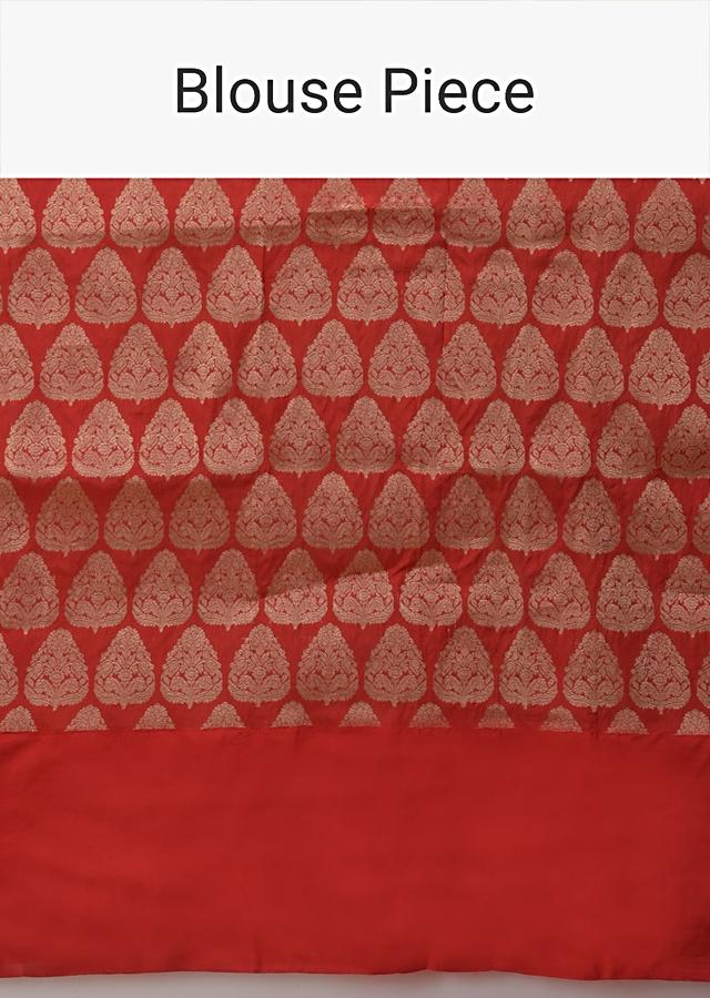Gold Pure Handloom Saree In Silk With Woven Paisley Buttis And Red Border Online - Kalki Fashion