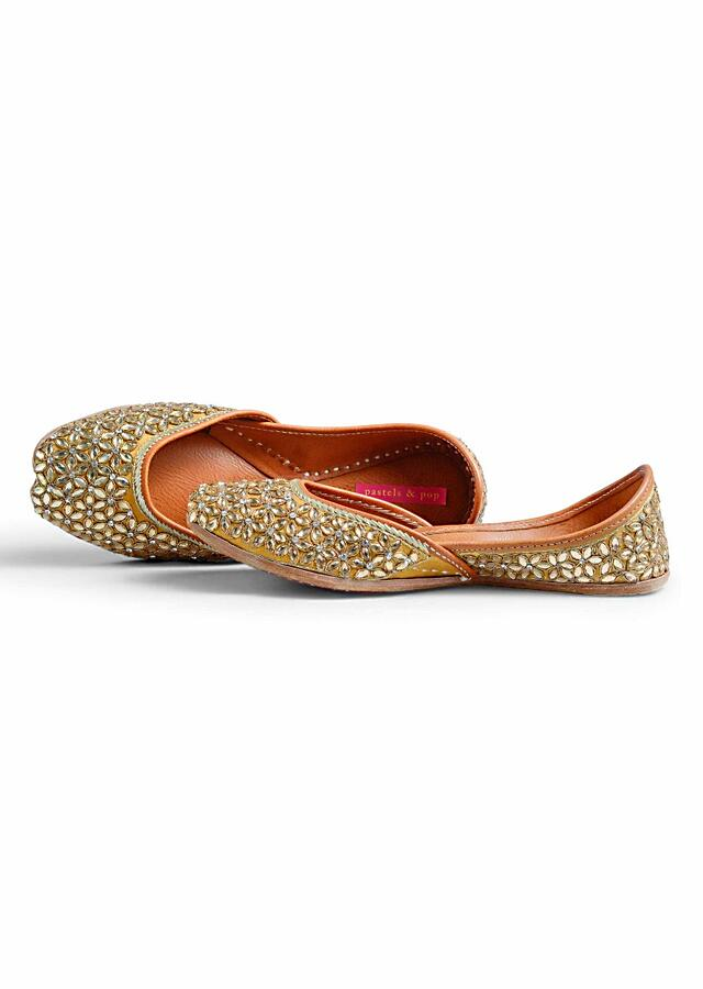 Golden Kundan And Zardosi Hand-Embellished On Neutral Base Juttis In Jaal Pattern All Over By Pastels And Pop