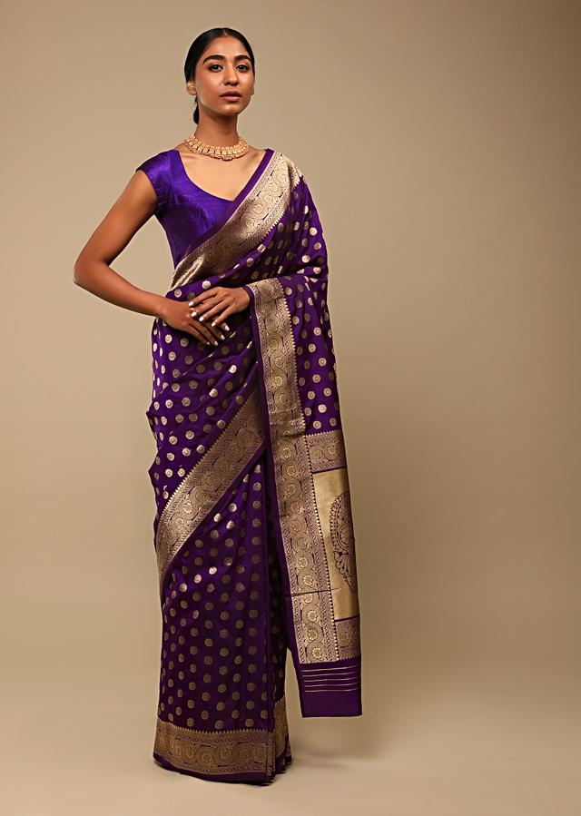 Grape Purple Saree In Pure Handloom Silk With Woven Floral Buttis, Paisley Motifs On The Pallu And Unstitched Blouse Online - Kalki Fashion