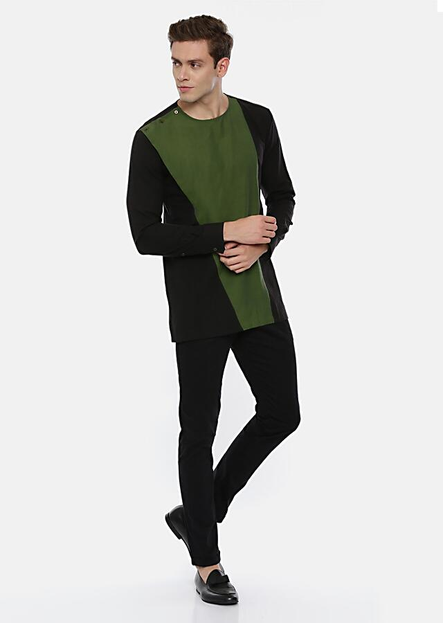 Green And Black Short Kurta With Color Blocked Design And Buttons On The Shoulder By Mayank Modi