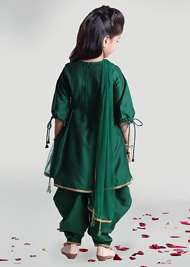 Green Cowl Pants  And Kurta Set In Silk With Sequins And Beads Embroidery In Floral Motif By Mini Chic