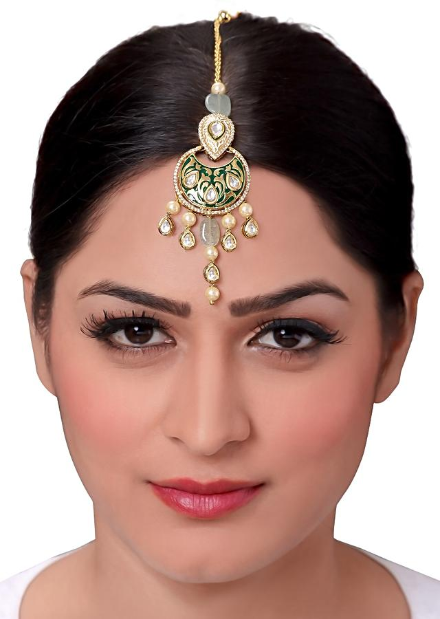 Green Enamelled  Maang Tikka With Pearls And Kundan In Ethnic Design Online - Joules By Radhika