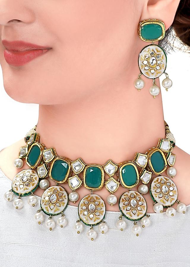 Green Stone Wedding Necklace And Earrings Set With Kundan, Pearls And Floral Minakari Motifs Online - Joules By Radhika