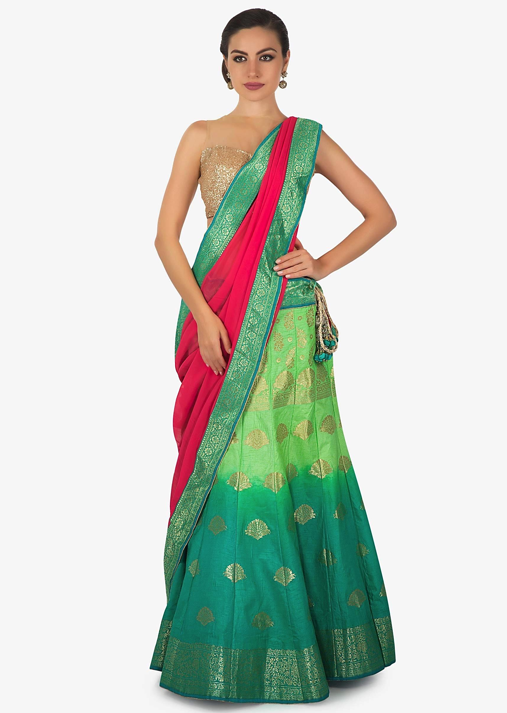 57a76d949964c3 Green and turq shaded lehenga matched with contrast pink dupatta only on KalkiMore  Detail