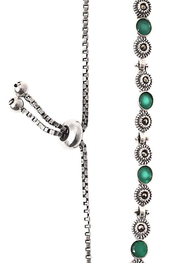 Green Onyx Gemstone Bracelet With Pearls And Carved Floral Pattern Hand Made In Sterling Silver By Sangeeta Boochra
