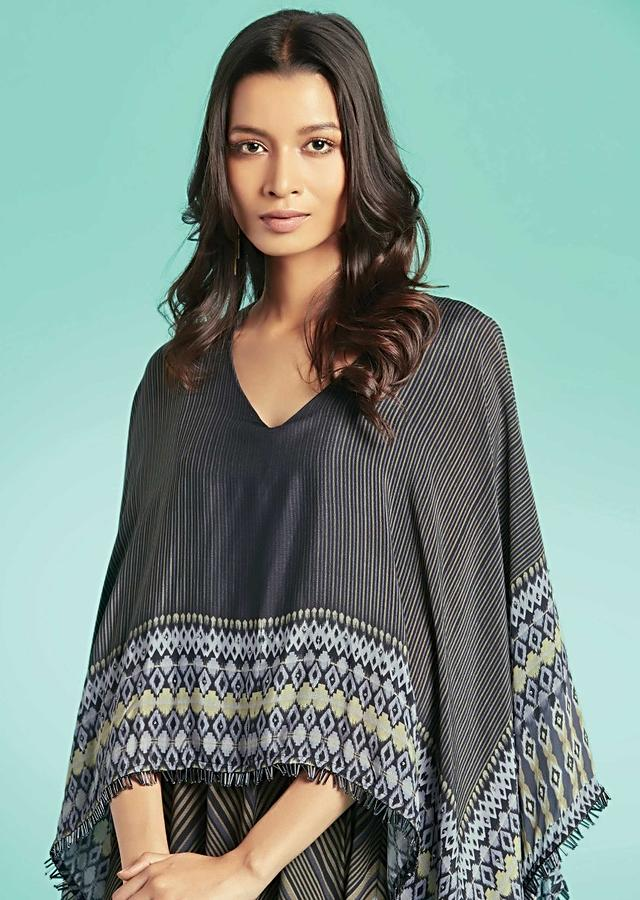 Grey A Line Suit In Crepe With Attached Cape And Chevron Print Online - Kalki Fashion