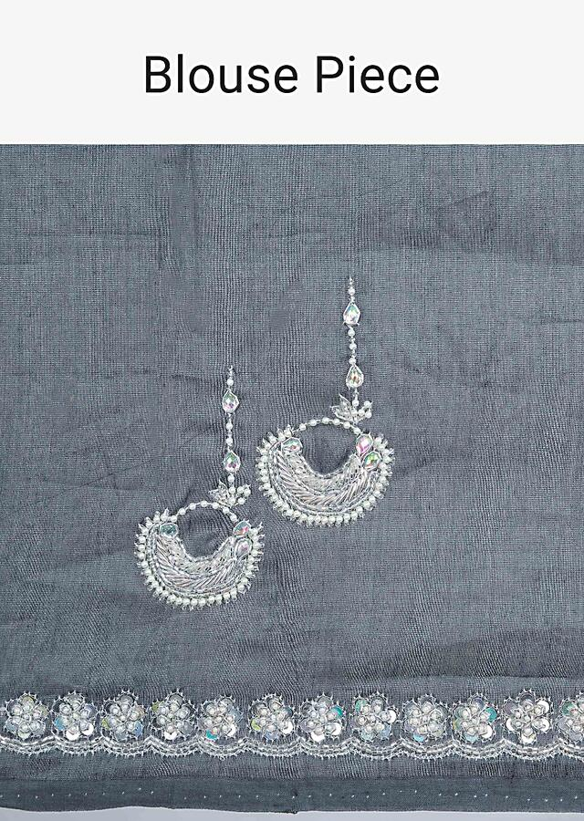 Grey Organza Saree With Checks And Hand Embroidered Butti And Border Online - Kalki Fashion