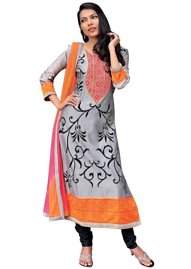 Grey straight fit suit featuring in applique embroidery