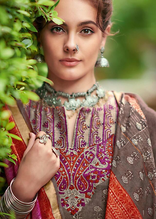 Hippo Grey Straight Cut Suit In Tussar Silk With Block Printed Ethnic Pattern And Floral Buttis Online - Kalki Fashion
