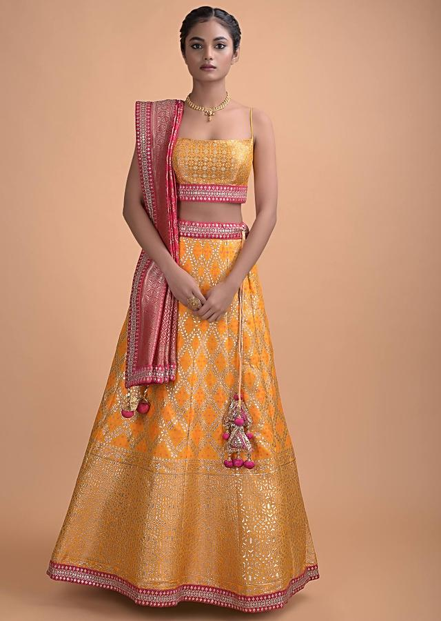 Honey Yellow Lehenga In Brocade Silk With Weaved Leaf Checks And Bandhani Pattern Online - Kalki Fashion