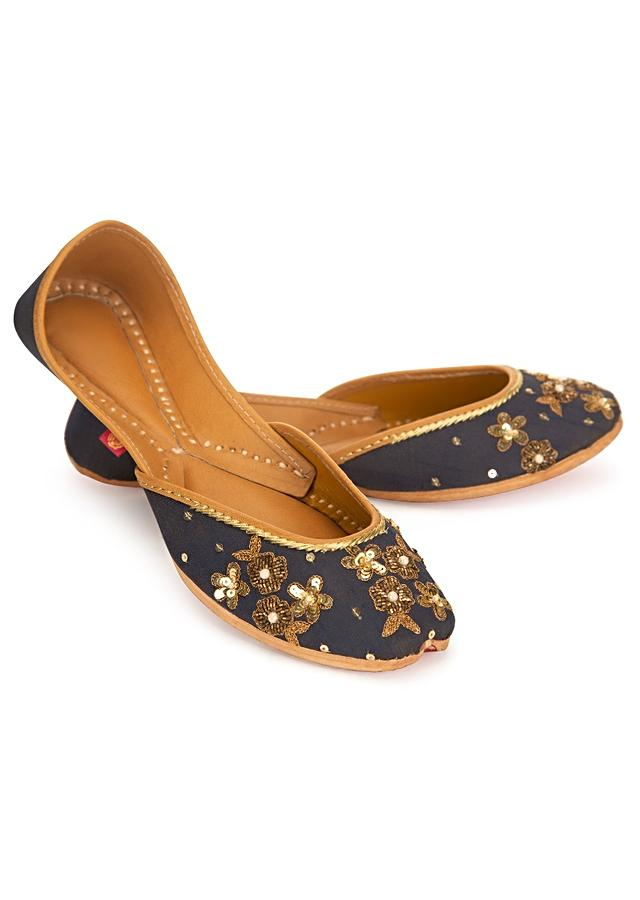 Indigo blue ethnic juttis in floral embroidered base
