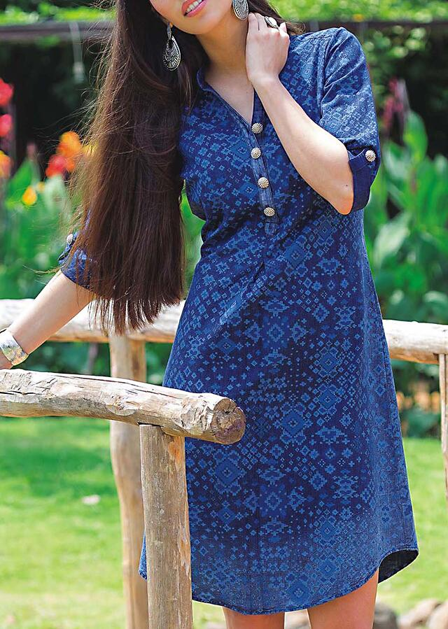 Indigo blue kurti embellished in pearl button