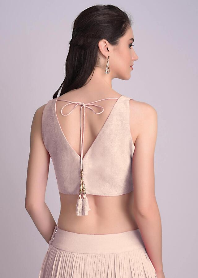 Light Peach Sleeveless Blouse With V Neckline In The Front And Back Online - Kalki Fashion