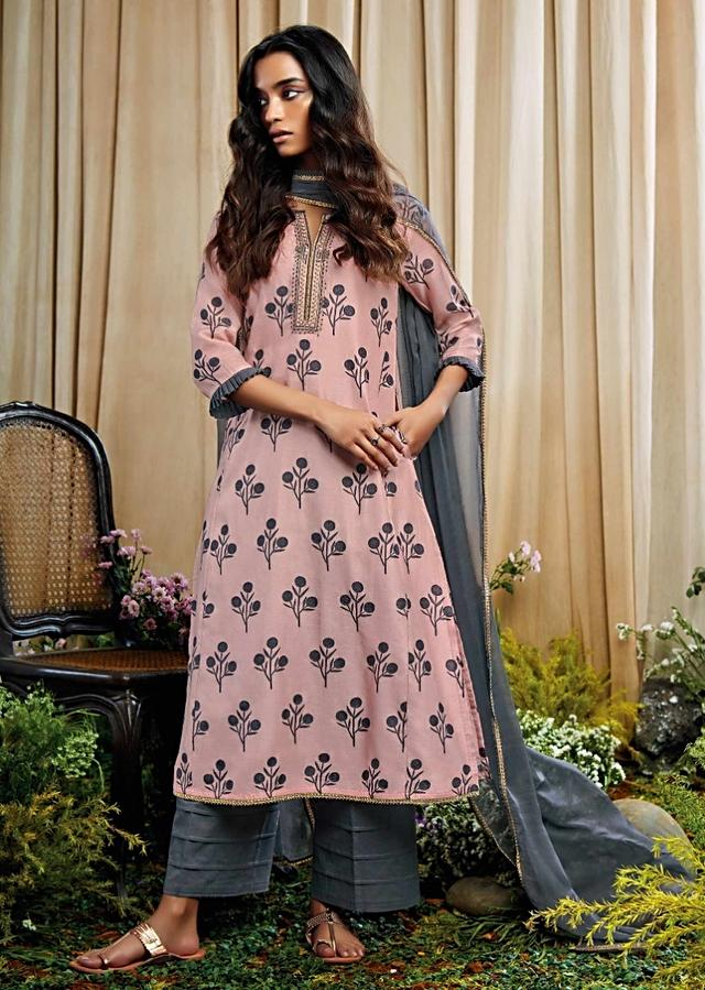 Light Pink Unstitched Suit With Butti Print And Zari Embroidered Placket Online - Kalki Fashion