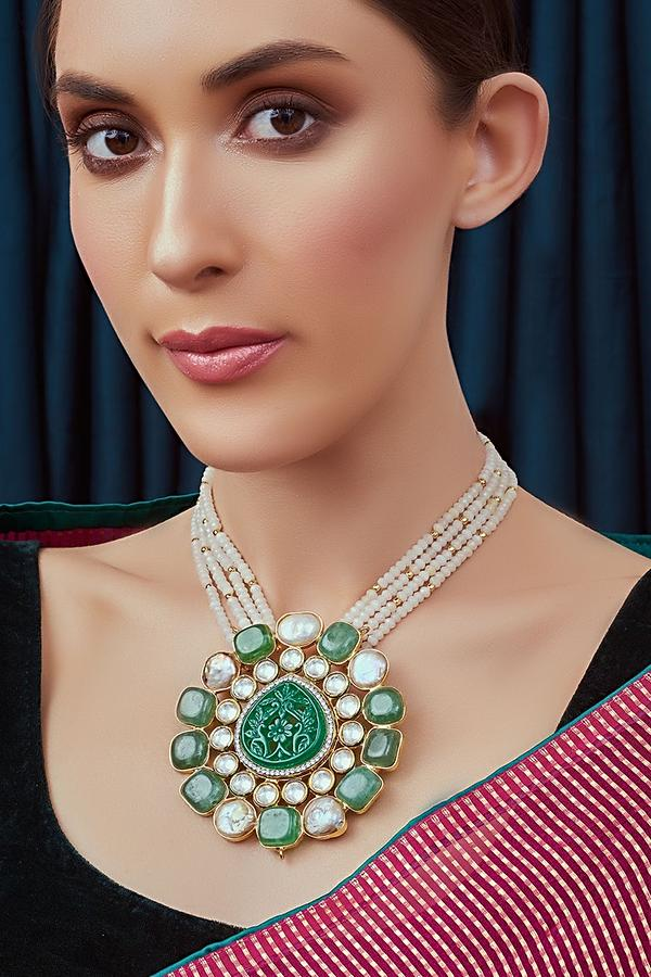 White Agate Beads Necklace With Handcarved Green Onyx Pendant Studded With Polki Joules By Radhika