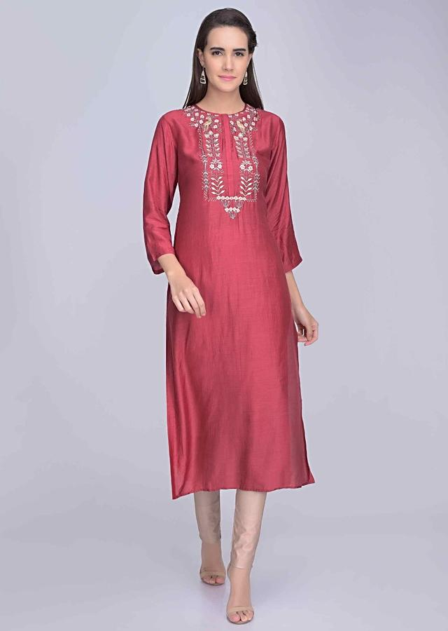 Magenta Kurti In Embroidered Crepe Online - Kalki Fashion