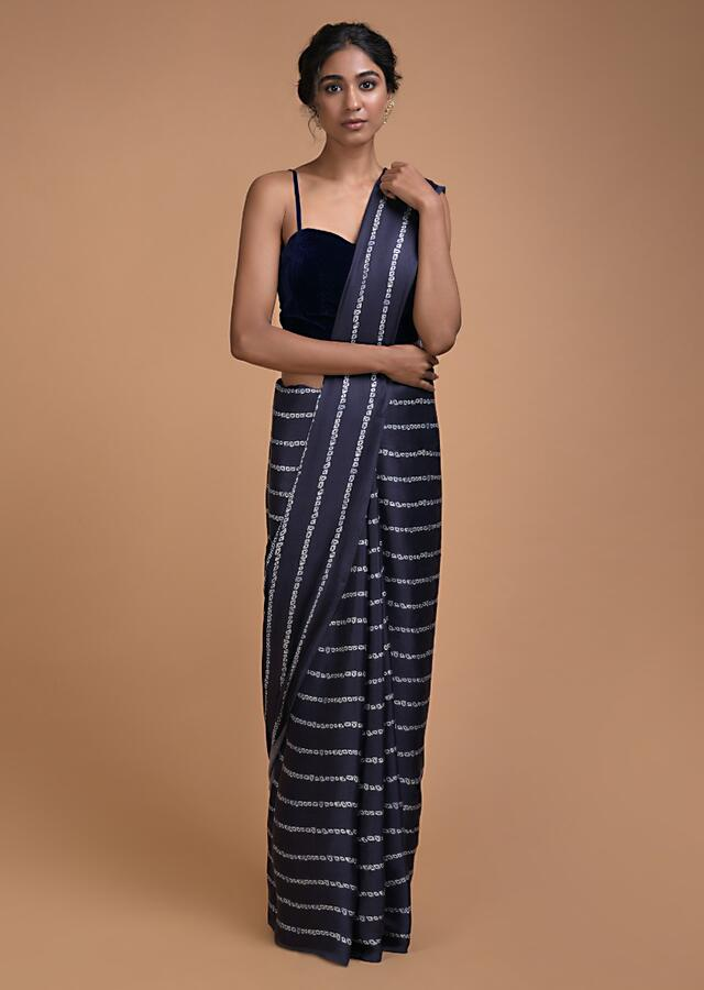 Navy Blue Saree In Satin With Bandhani Print In Striped Pattern All Over Online - Kalki Fashion