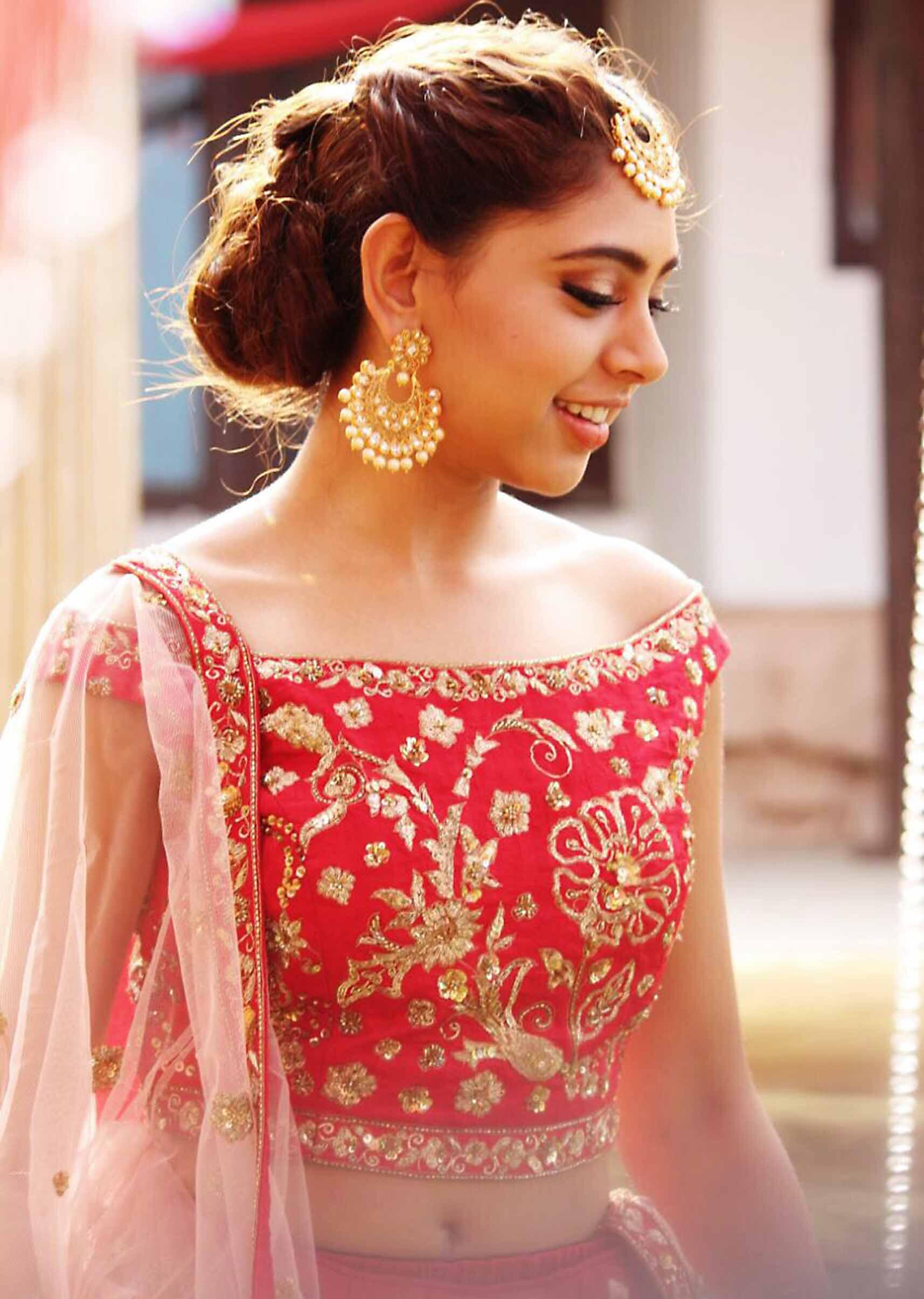 c5bb238f6bb Niti Taylor in Kalki maroon lehenga and off shoulder blouse intricated  zardosi and resham embroidery only ...