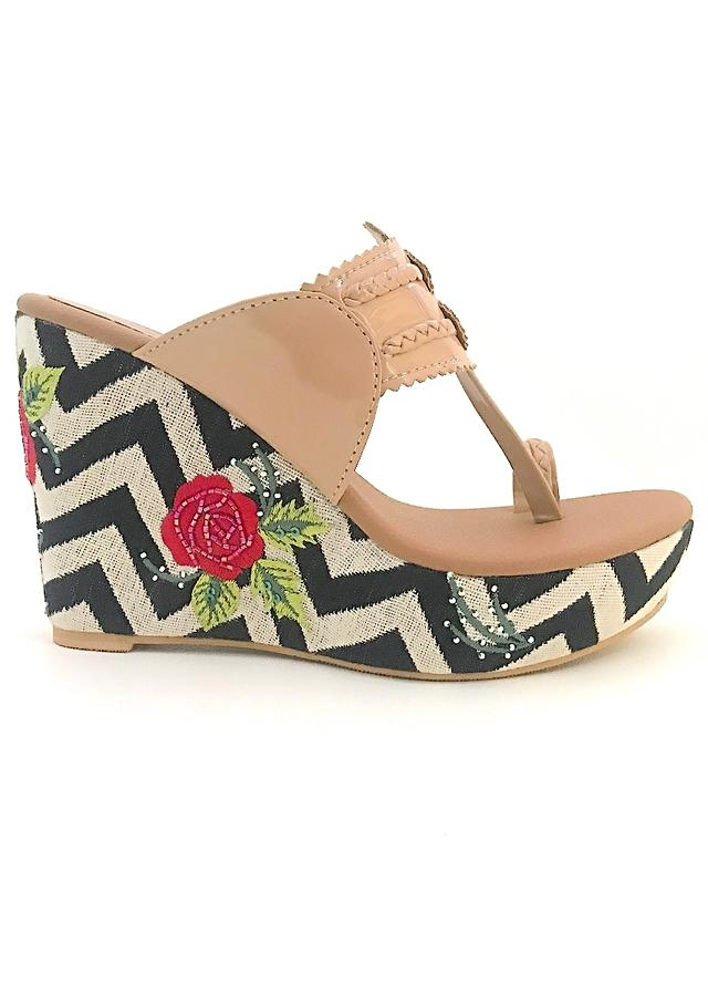 Nude Kolhapuri Wedges With Monochrome Design And Rose Embroidered Heel By Sole House