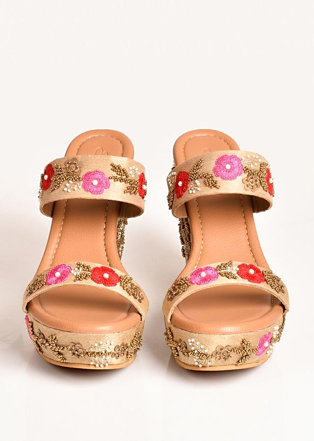 Nude Wedges In Silk With Red And Pink Resham Flowers Along With Gold Sequins Work By Sole House