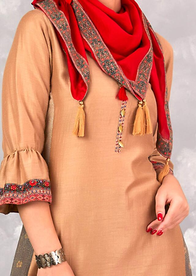 Oat Beige Tunic In cotton Silk With Printed Side Panels Online - Kalki Fashion