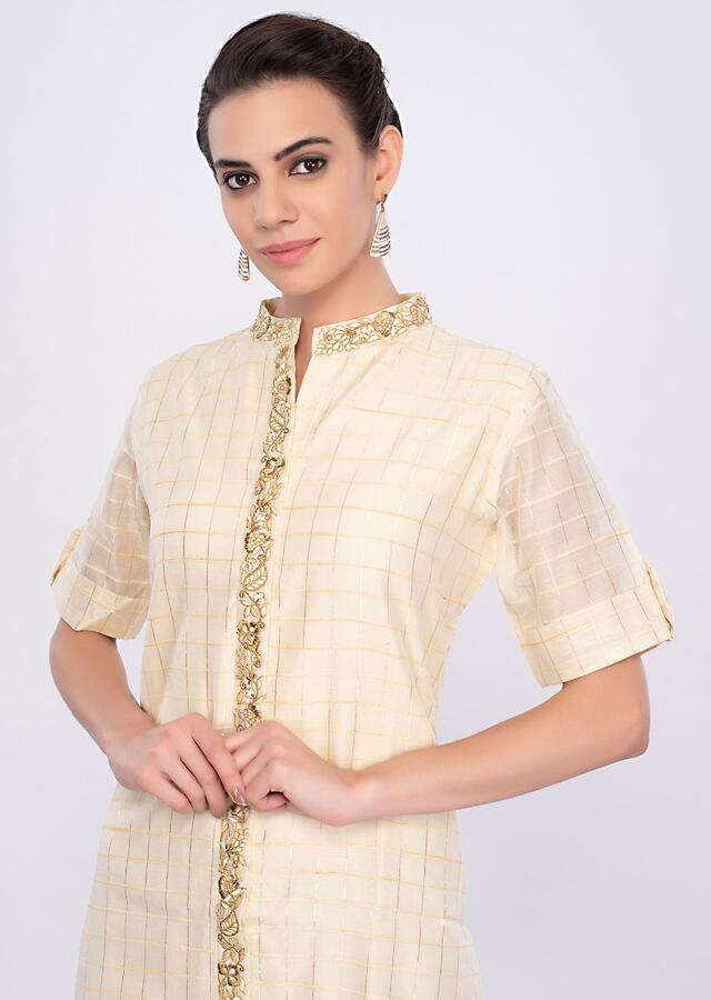 Off White Kurti In Chanderi Cotton With Lace Checks Pattern Online - Kalki Fashion