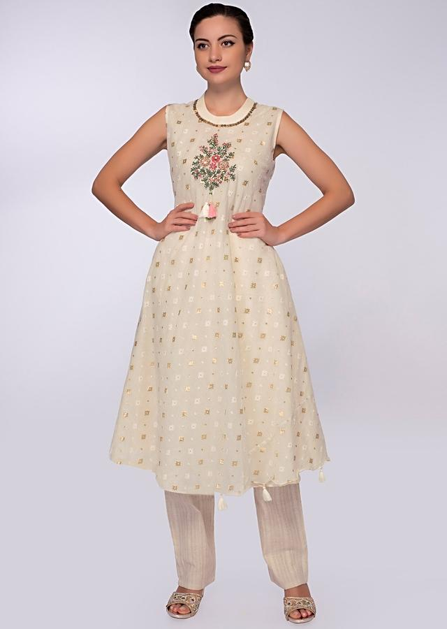 Off White Cotton Suit With Center Embroidered Butti And Weaved Butti Online - Kalki Fashion