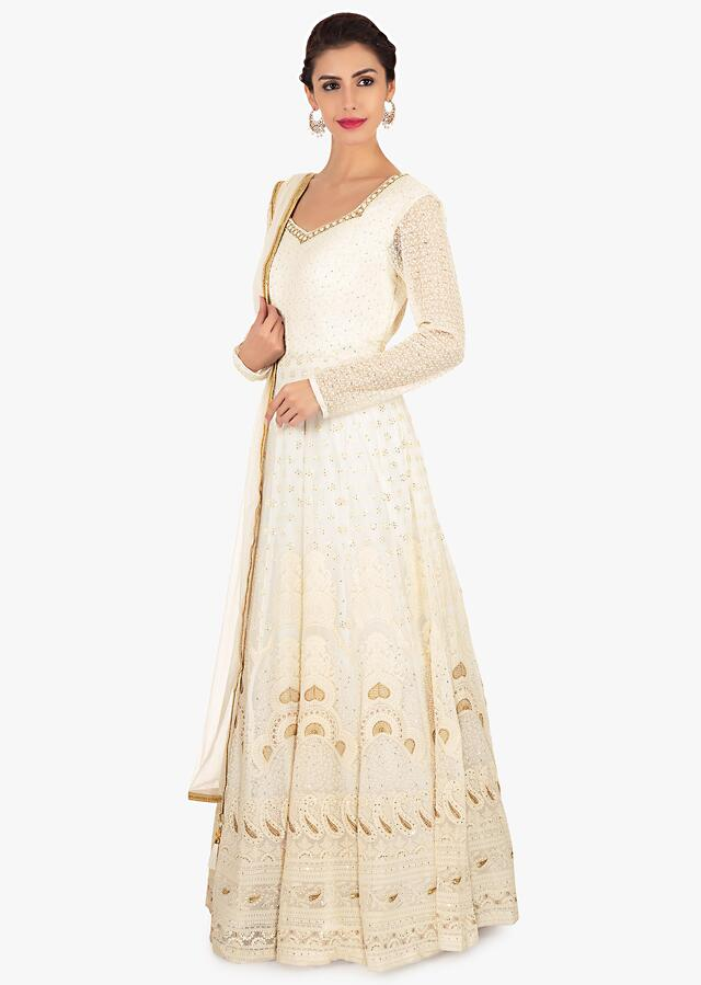 Off White Anarkali In Georgette Paired With A Net Dupatta Online - Kalki Fashion