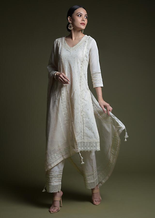 Off White Straight Cut Suit In Cotton With Thread Cut Work Embroidered Scallop Jaal Online - Kalki Fashion