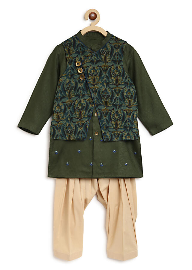 Olive Green Reversible Bundi And Kurta Set With Thread Embroidery Detailing By Tiber Taber