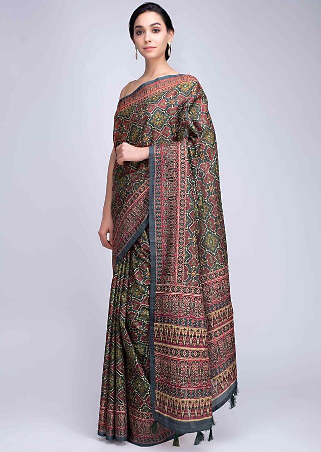 Green Saree In Patola Printed Silk With Tassels On The Pallo Online - Kalki Fashion