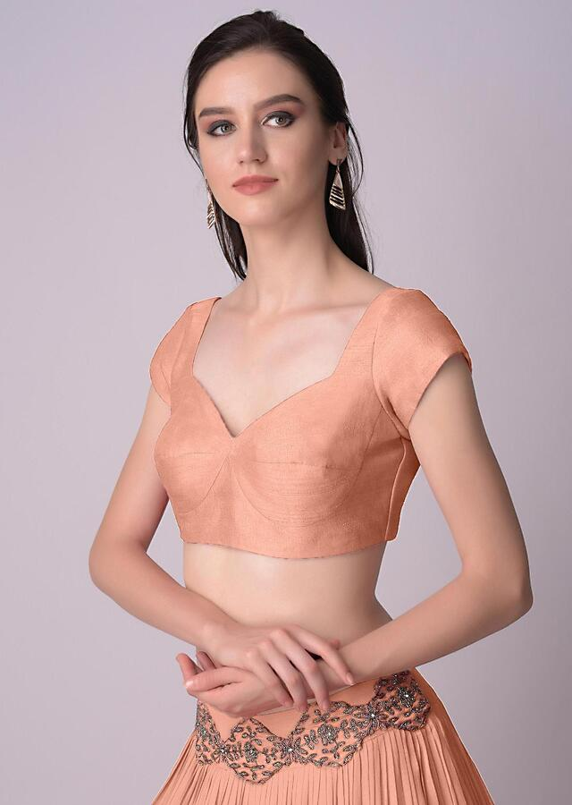 Peach Blouse In Raw Silk With Sweet Heart Neckline Online - Kalki Fashion