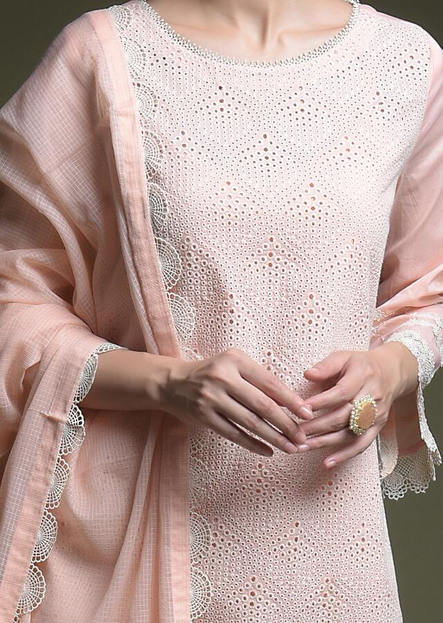 Peach Straight Cut Suit In Cotton With Thread Cut Work Embroidered Moroccan Jaal Online - Kalki Fashion