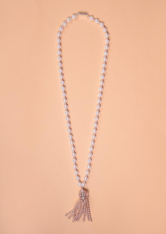 Pearl Necklace With Rose Gold Plated Dome Pendant With Stones And Rose Gold Beads Tassels Online - Kalki Fashion