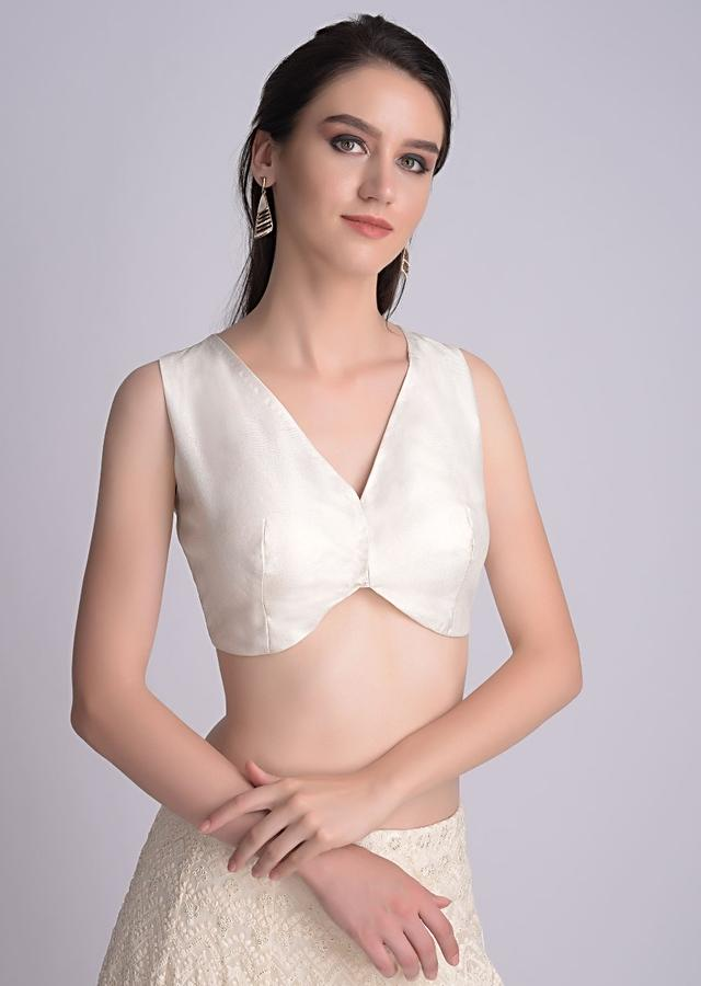 Pearl White Blouse In Dupion Silk With Sweetheart Hem And V Neckline Online - Kalki Fashion