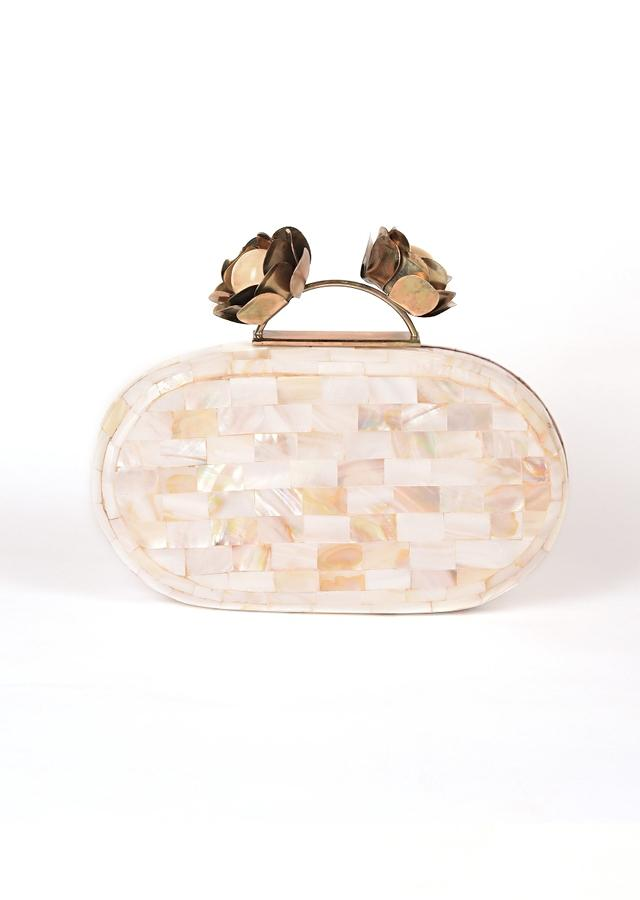 Pearl White Clutch In Acrylic With Marble Design Online - Kalki Fashion