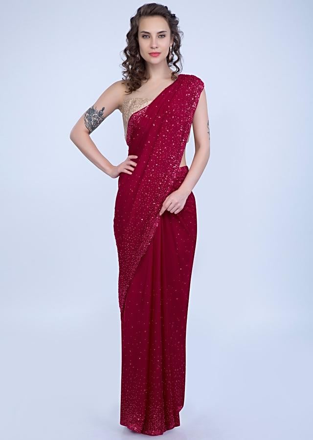 Red Saree In Chiffon With Sequins And Pearls Online - Kalki Fashion