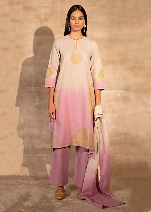 Pink And Beige Ombre Kurta Set In Cotton With Foil Print Online - Kalki Fashion