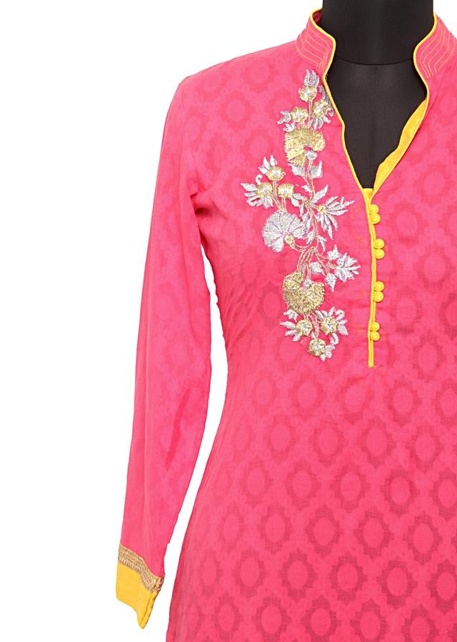 Pink jacquard  kurti in zari only on Kalki