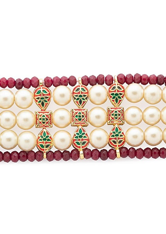 Red And White Bracelet With Hydro Kundan Polki Handiwork, Agate Beads And White Shell Pearls In Linear Design Online - Joules By Radhika