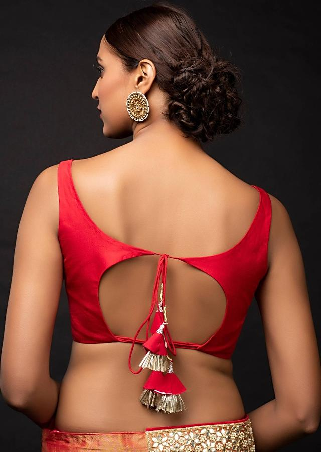 Red Sleeveless Blouse In Silk With Leaf Cut Neckline Online - Kalki Fashion