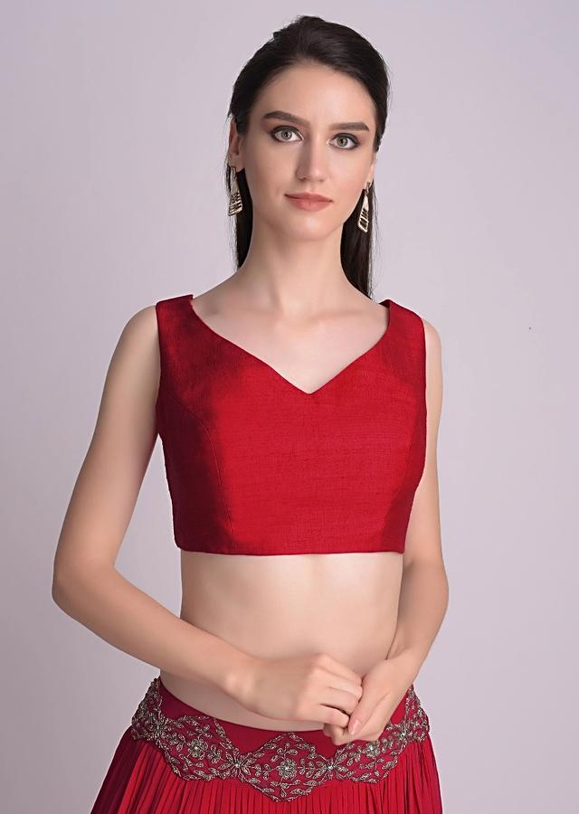 Red Sleeveless Blouse With Double Tie Up Tassel Dori At The Back Online - Kalki Fashion