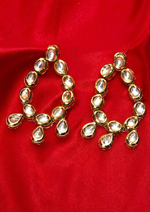 Round shaped traditional kundan earring only on Kalki