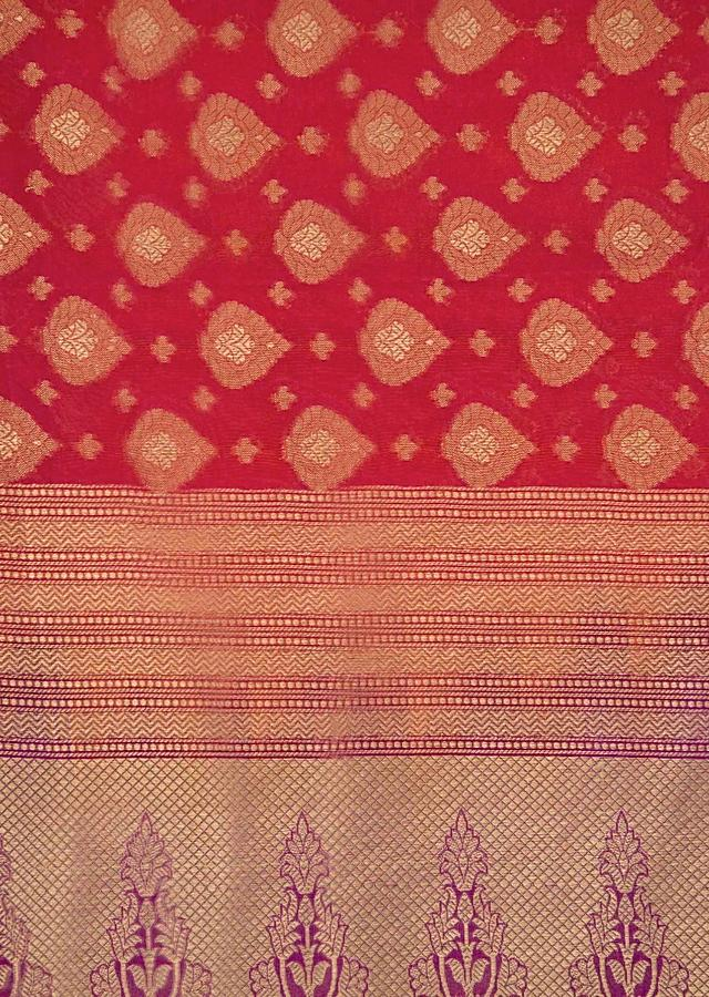 Rust Red Saree In Silk With Contrast Pallav And Border Online - Kalki Fashion