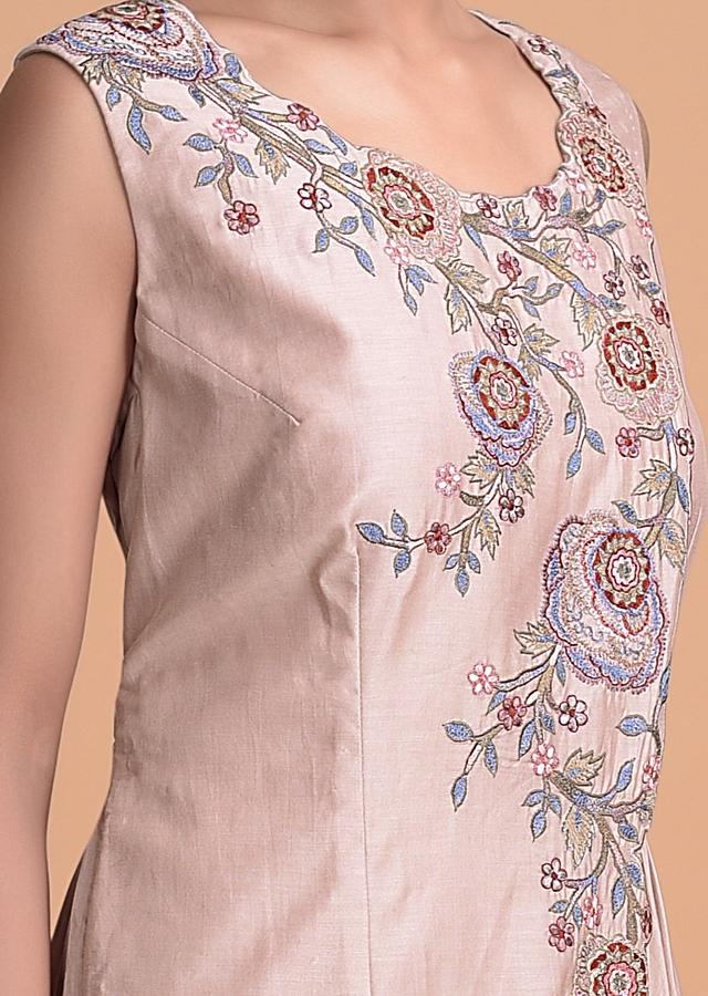 Salmon Pink Gown With An Overlap Pattern And Machine Embroidery Online - Kalki Fashion