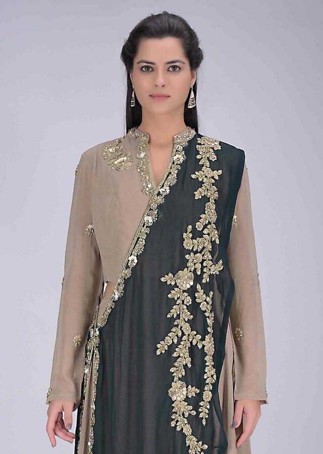 Sand Beige Suit In Georgette With Pre Stitched Peacock Green Dupatta Online - Kalki Fashion
