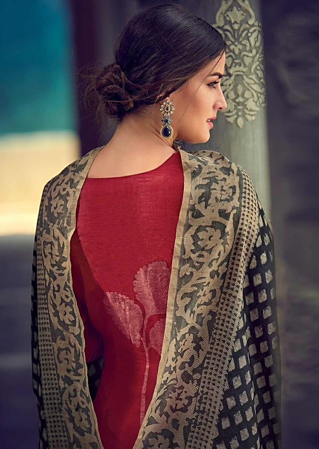 Scarlet Red Suit In Tussar Silk With Leaf Batik Print And Badla Work Online - Kalki Fashions
