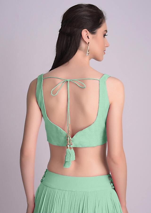 Sea Green Blouse In Raw Silk With Sweet Heart Neckline And Hemline Online - Kalki Fashion