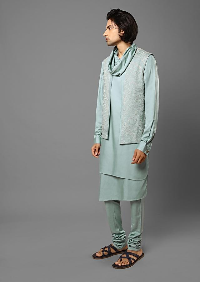 Light Blue Bandi Set In Suiting Fabric With Thread Embroidery All Over And Shawl Neck On The Kurta Online - Kalki Fashion