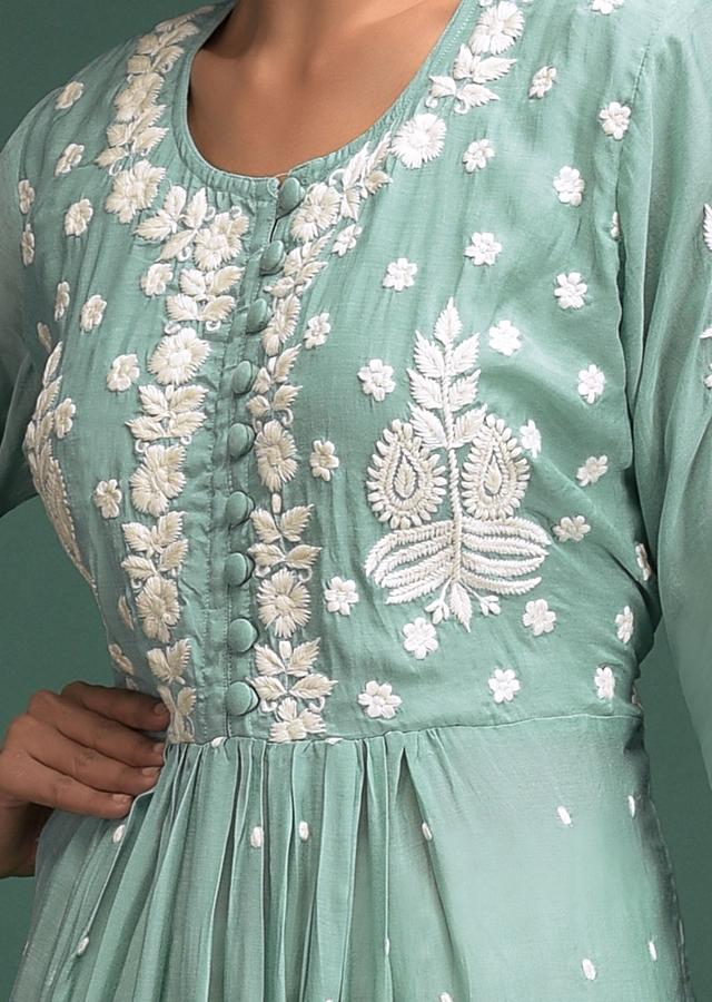 Spruce Green Tunic In Cotton With Thread Embroidered Floral Pattern And Buttis Online - Kalki Fashion
